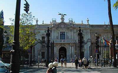 Arquitectos debaten en la Universidad San Jorge de Zaragoza la movilidad en las ciudades